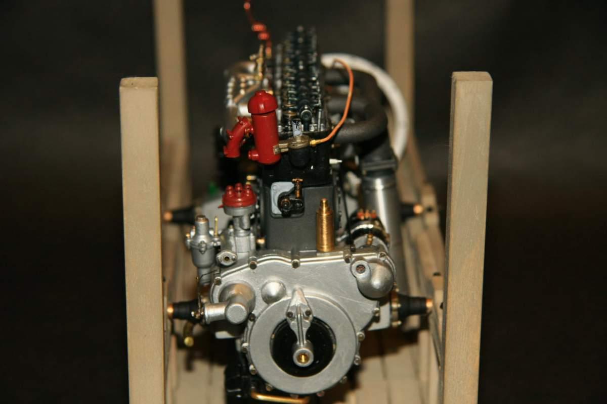 Model Sunday 1-9-11-obe-engine_0012-jpg