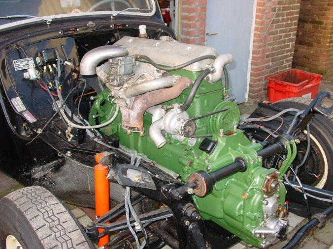 Introduction-engine-20in-20car-01410-jpg