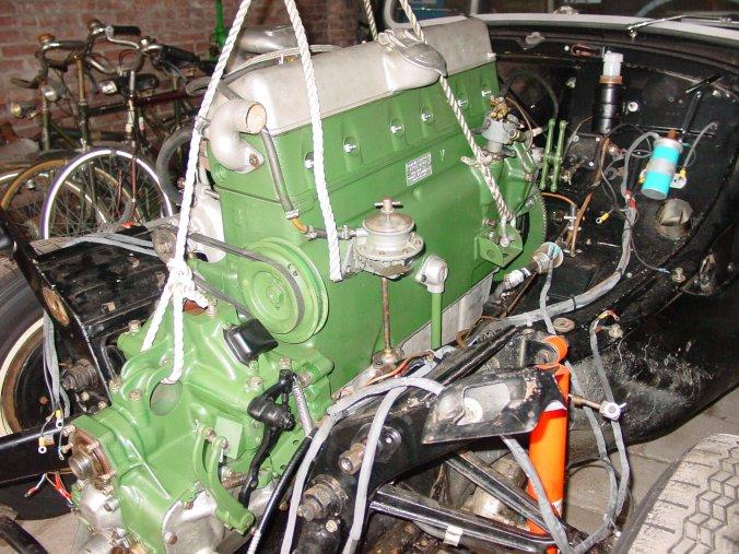 Introduction-engine-20into-20car-01409-jpg