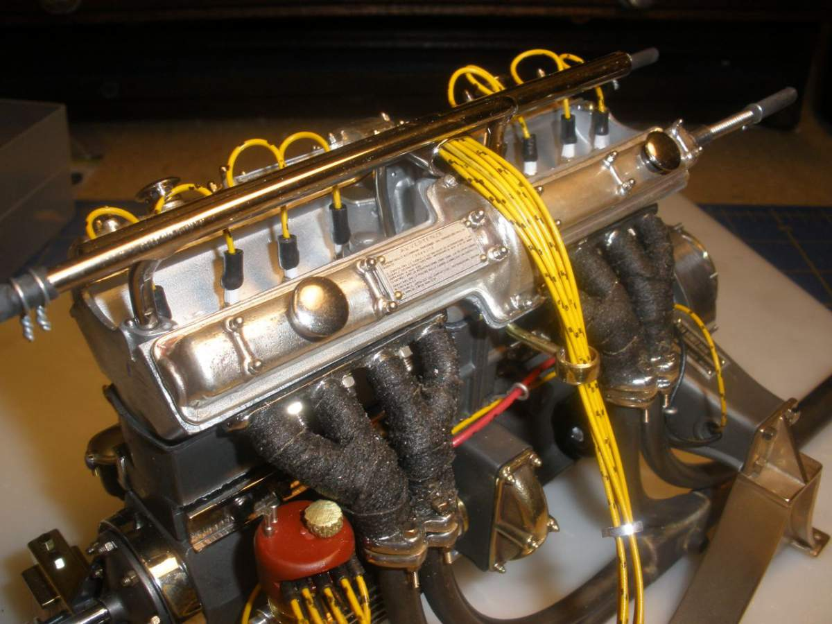 Alfa 8c2300 Engine with Magneto Start-jpg
