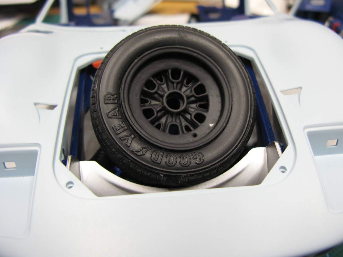 Trumpeter 1/12 Ford GT40 MkII-img_2248-jpg
