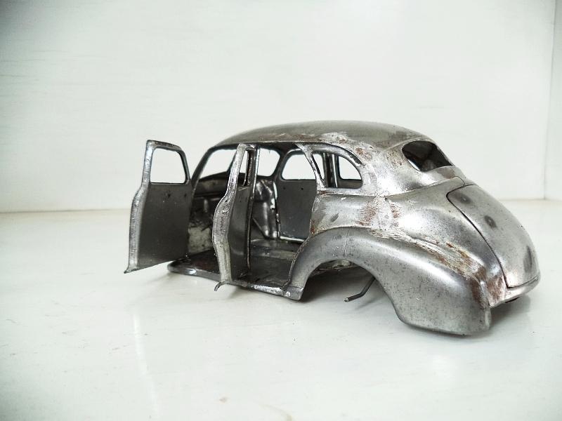 Tinplate Scratch built Chevy Sedan 1948 in 1:25 scale-chev_tsedan_a_12-jpg
