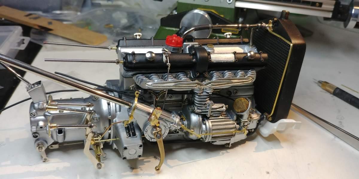 Pocher Alfa Muletto-motor-alfa-jpg