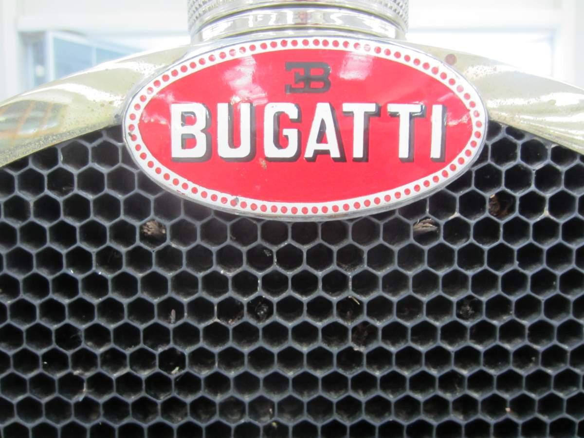 BUGATTI T46 Surprofilée 1/8-img_1929-jpg