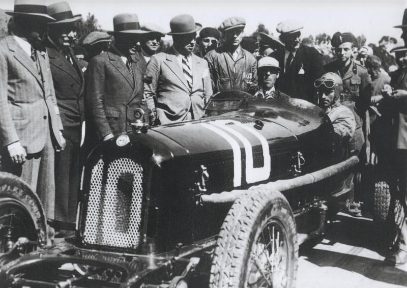 Pocher 1/8 Alfa Monza revisited-31nuvolari-jpg