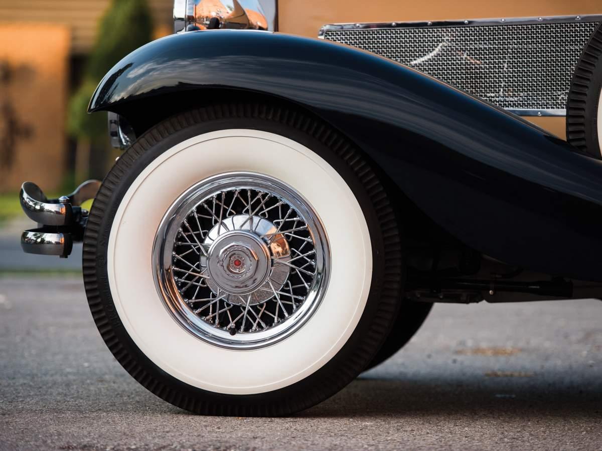 1:12 1932 Cadillac V-16 frame and engine-987125f4b0b85d044726a74c2ec93b2ab7a824ca-jpg