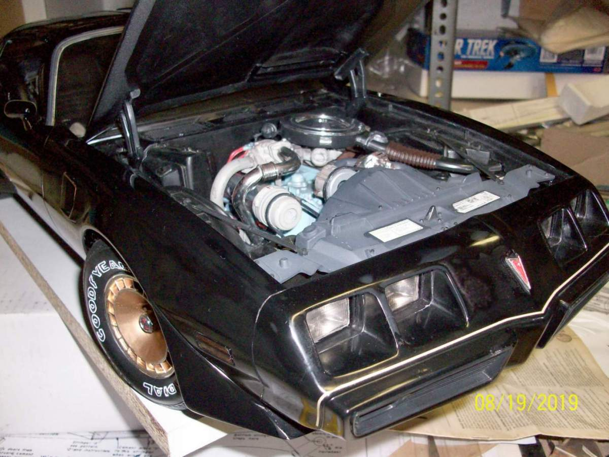 1/8 Monogram Turbo T/A with broken pillars, top and multiple cracked body.-100_1157-jpg