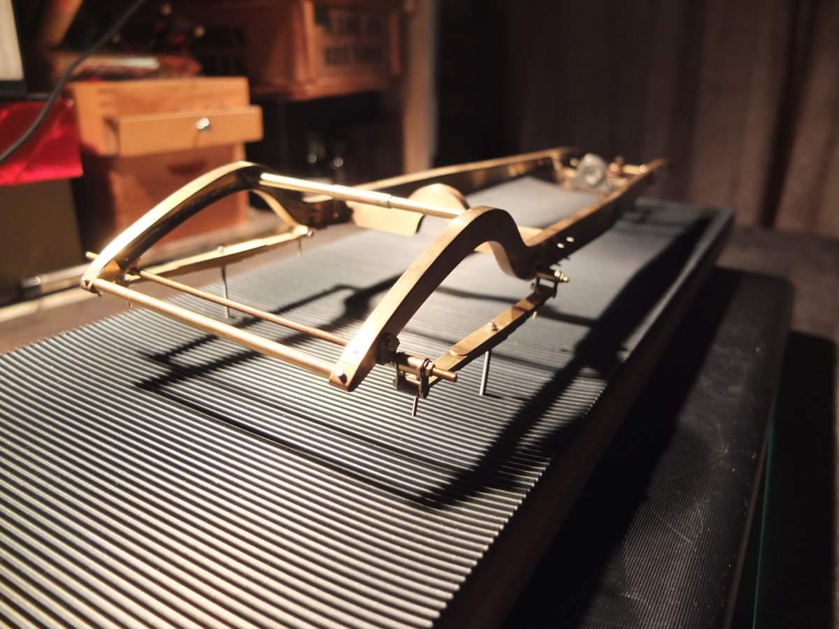 Alfa Monza 1/8 brass rolling chassis ( base Pocher )-dscf7469-jpg