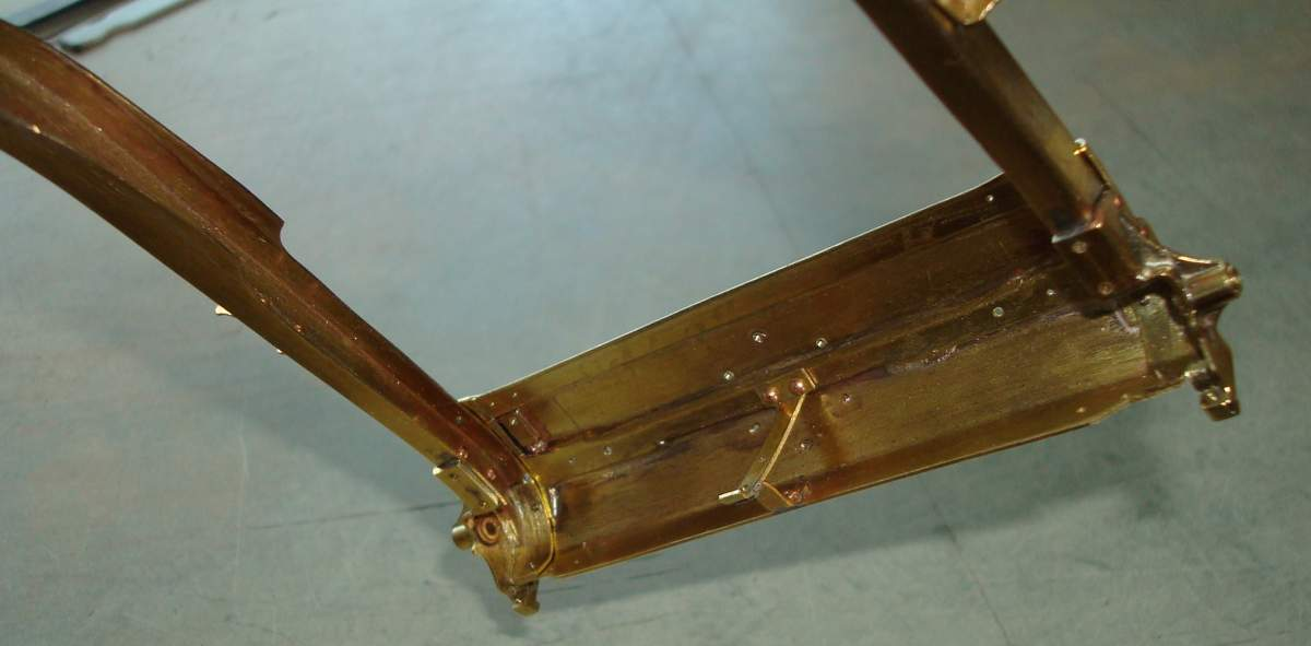 1:12 1932 Cadillac V-16 frame and engine-151-tank-support-jpg