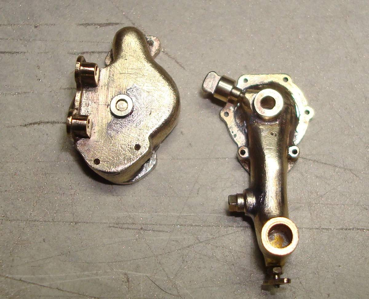 1:12 1932 Cadillac V-16 frame and engine-264-pump-body-jpg