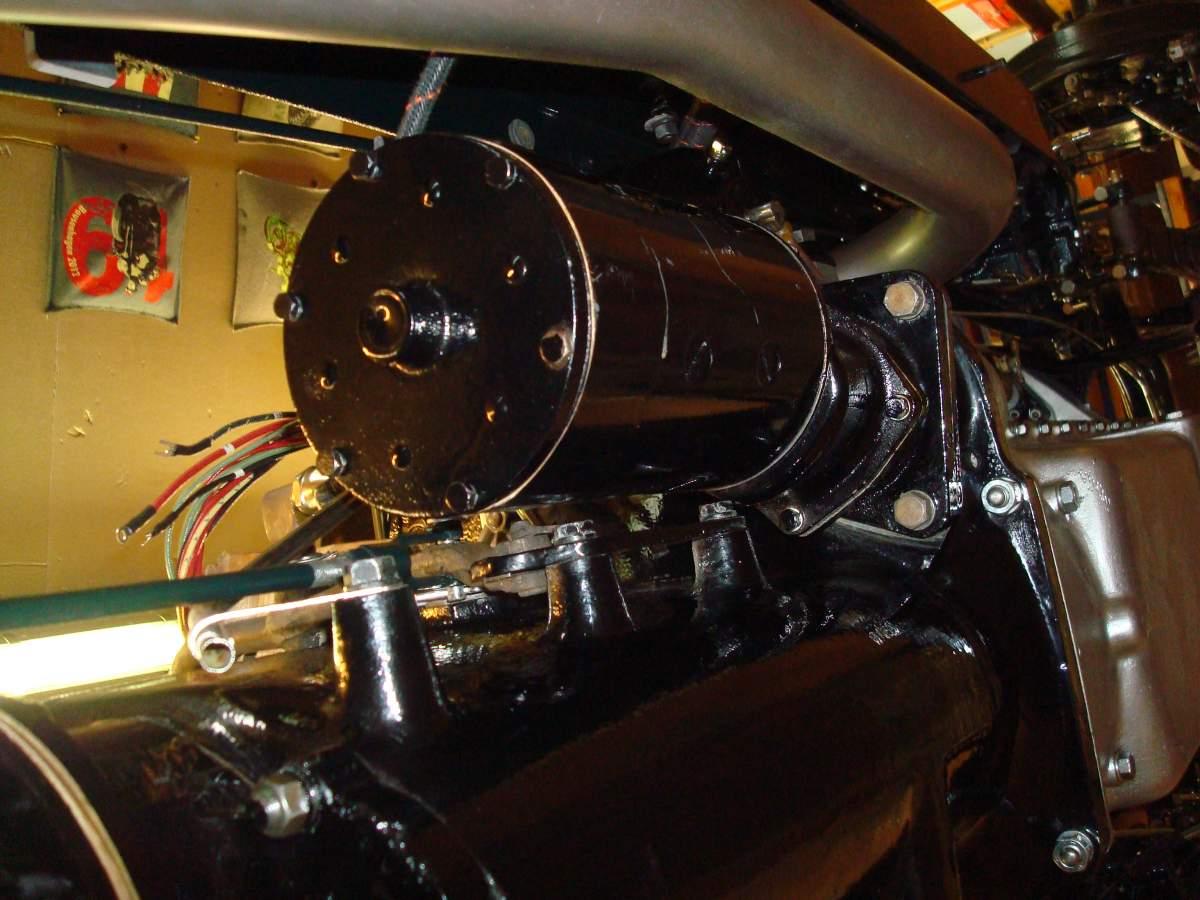 1:12 1932 Cadillac V-16 frame and engine-starter6-jpg