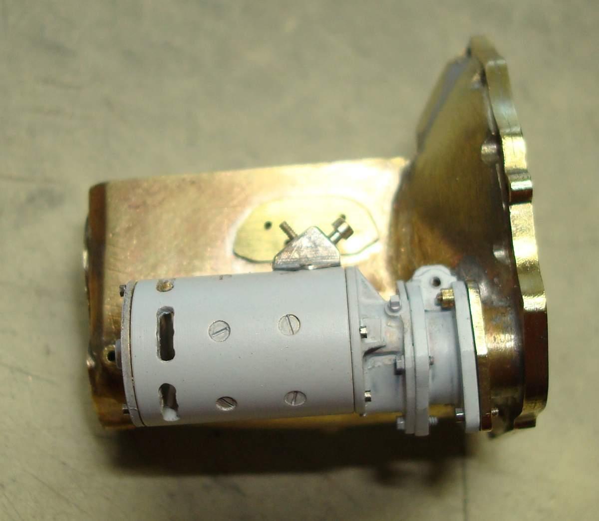 1:12 1932 Cadillac V-16 frame and engine-277-starter-motor-jpg