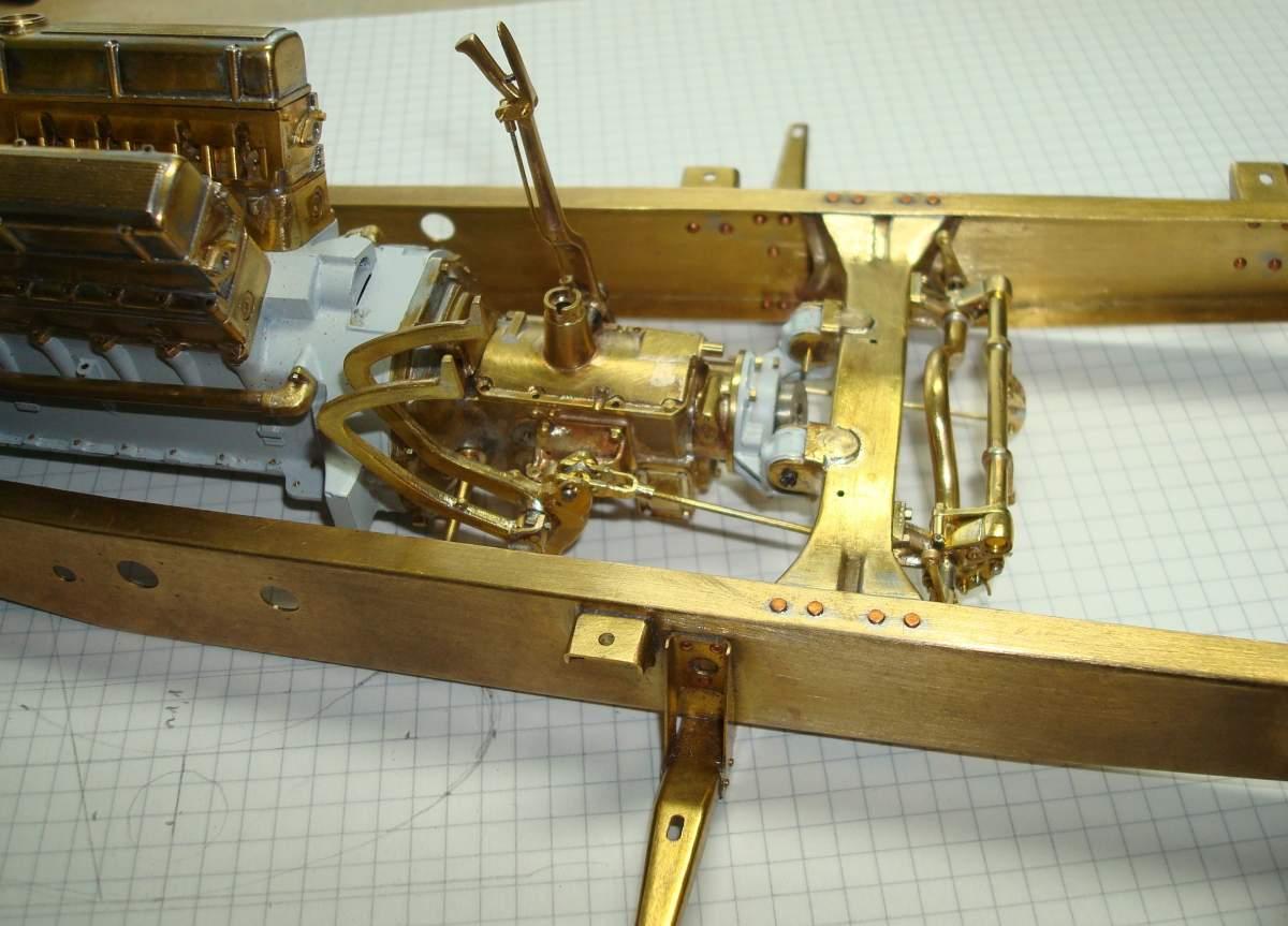 1:12 1932 Cadillac V-16 frame and engine-321-action-jpg