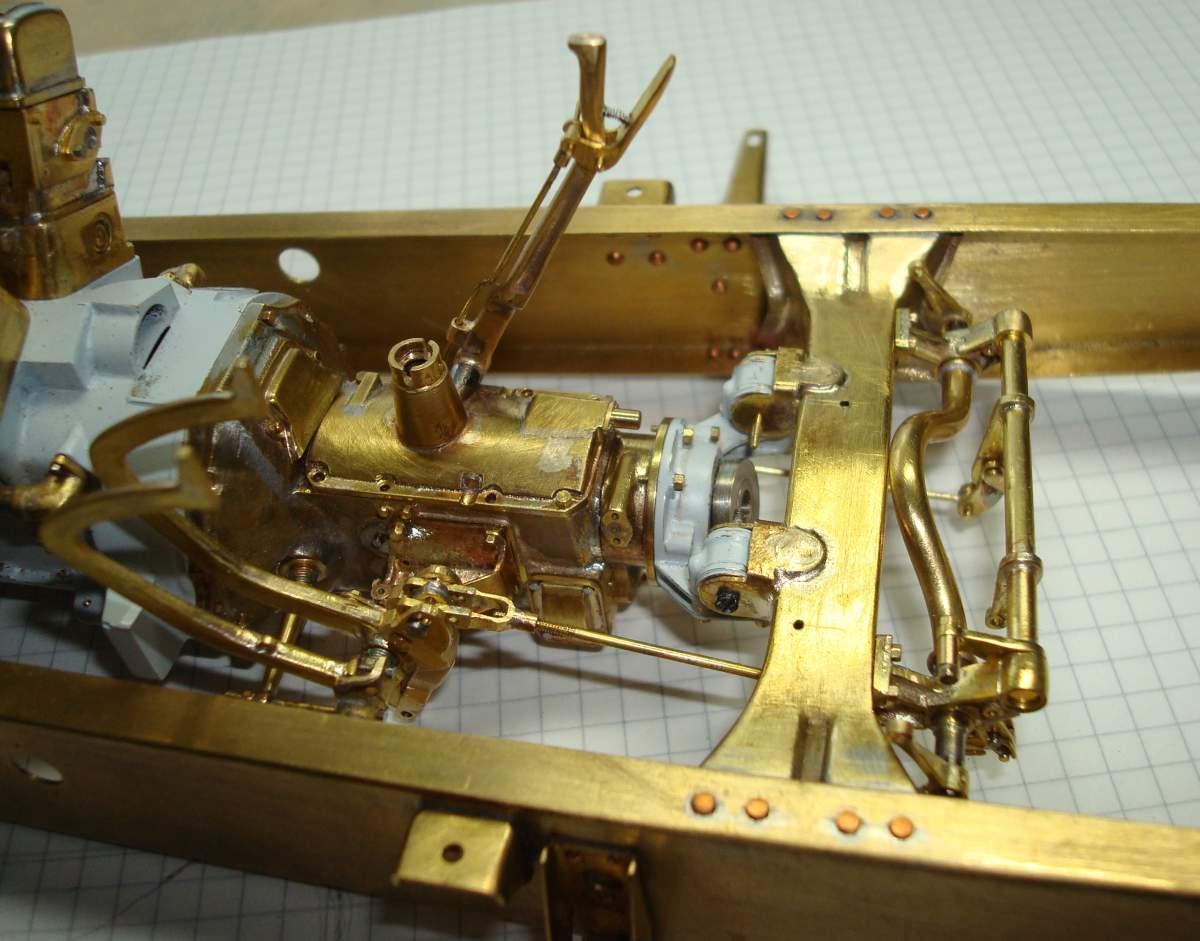 1:12 1932 Cadillac V-16 frame and engine-322-hand-brake-jpg