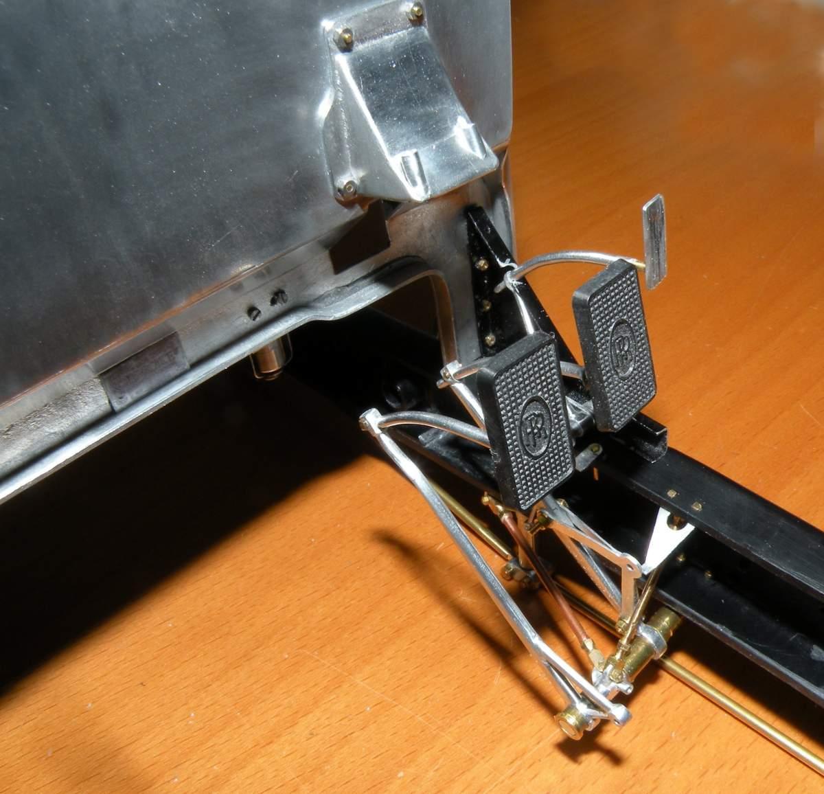 Pocher Rolls Royce scratchbuilt chassis-dscn1395-jpg