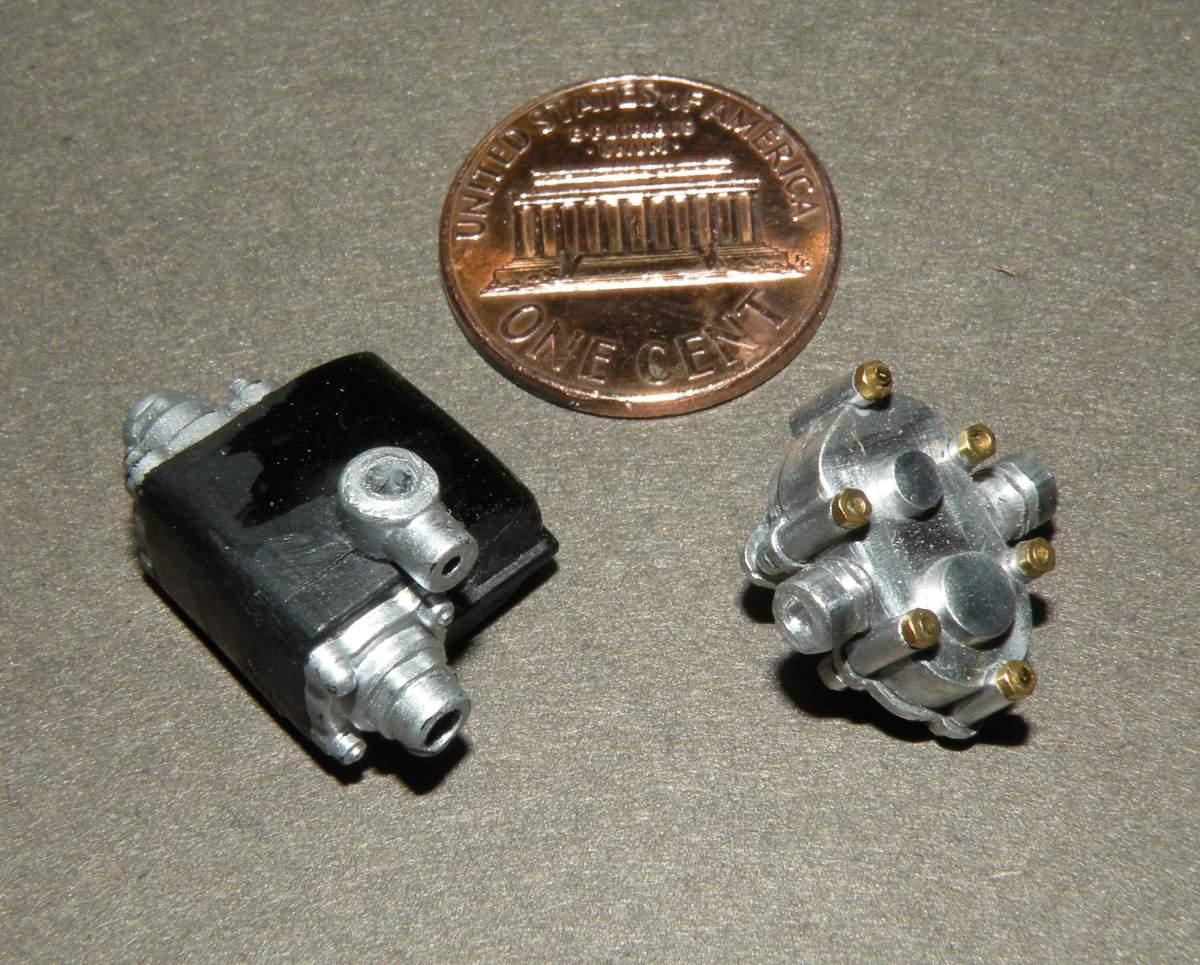 Pocher Rolls Royce scratchbuilt chassis-oil-pump-pocher-original-jpg