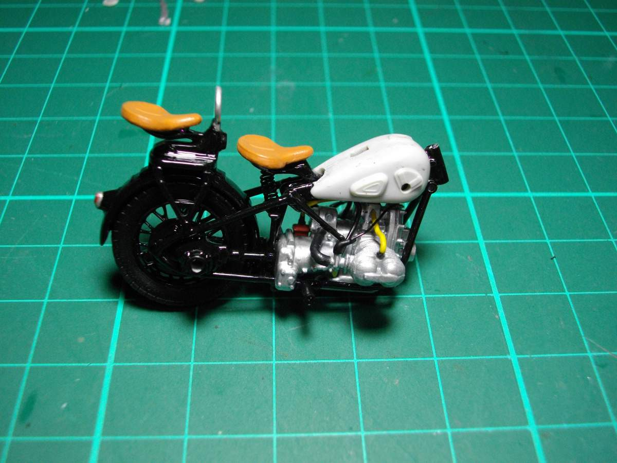 BMW with sidecar.-taking-shape-010-jpg