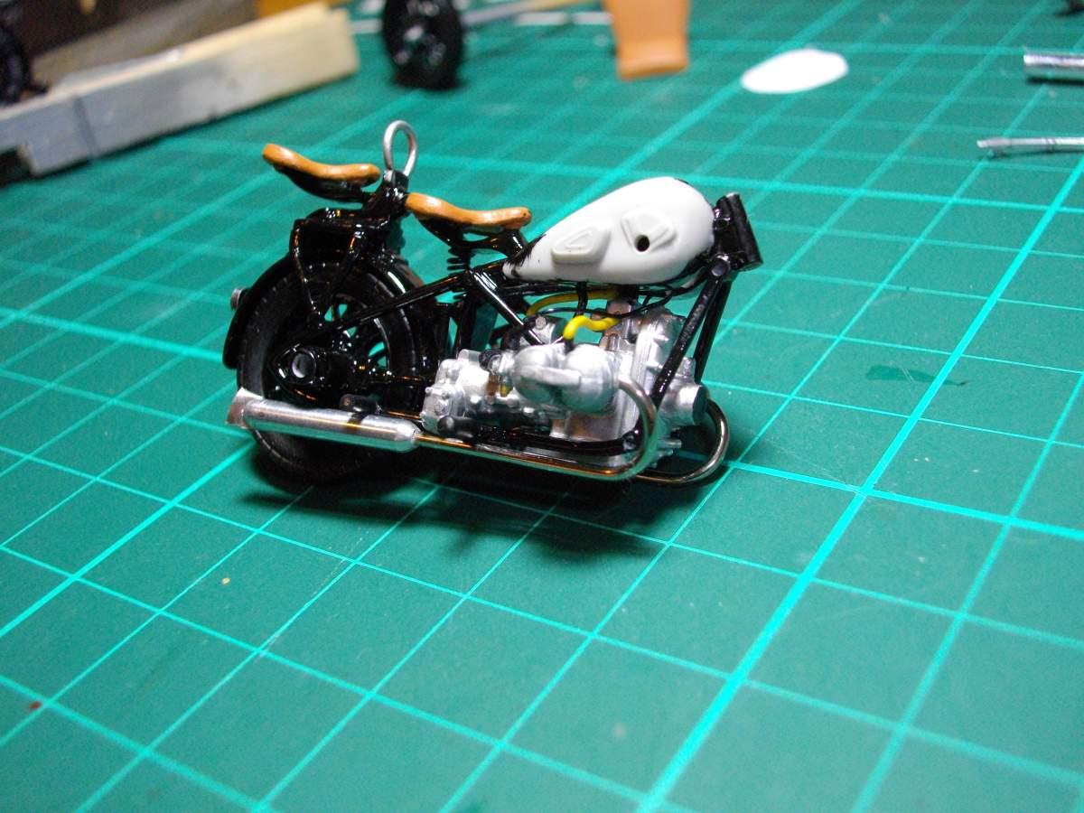 BMW with sidecar.-taking-shape-013-jpg