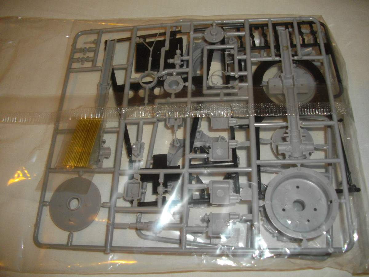 Clerget 9B Rotary Engine. 1/8th. Hasagawa.-009-jpg