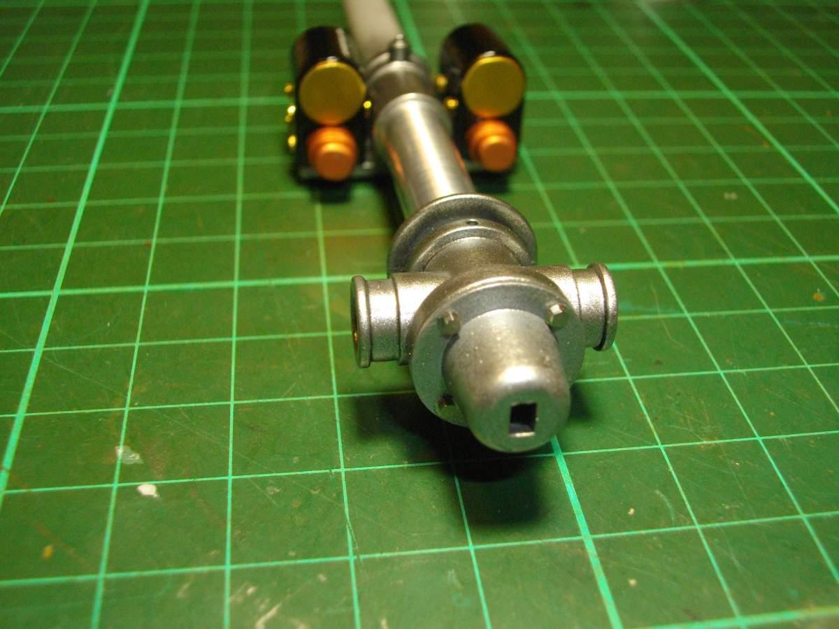 Clerget 9B Rotary Engine. 1/8th. Hasagawa.-magnetos-mounted-main-shaft-009-jpg