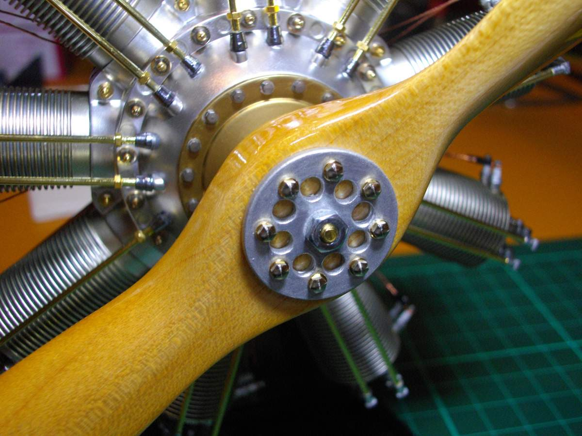 Clerget 9B Rotary Engine. 1/8th. Hasagawa.-model-completely-finished-003-jpg