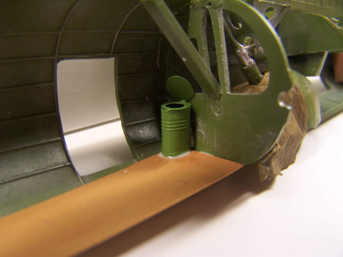 B-17 Flying Fortress-090404-rear-fuselage-010-jpg