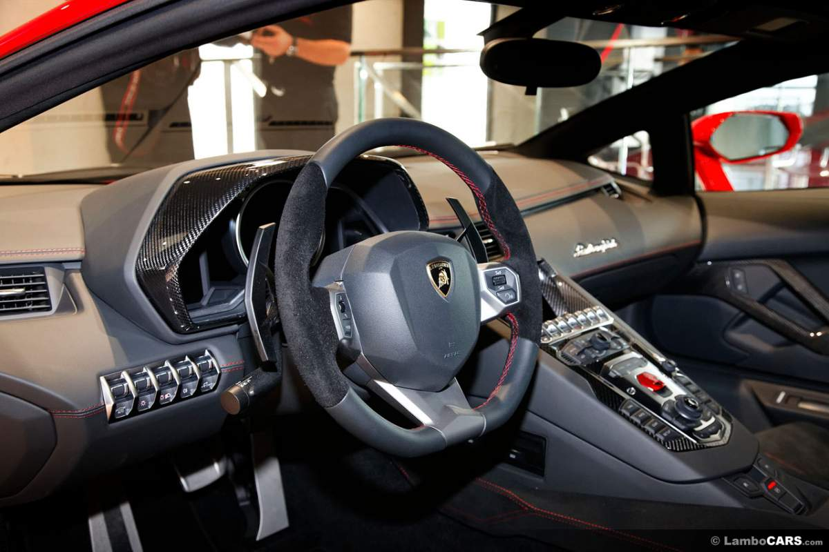 Pocher Aventador WIP Guiddy's-cockpit-jpg