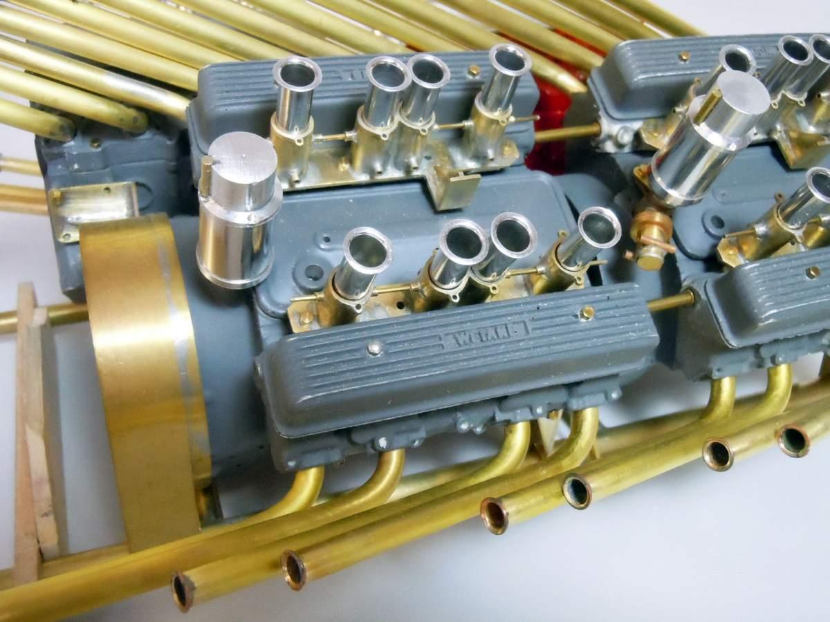 Tommy Ivo's Showboat 1/8 Scale-sb-engine-53-jpg