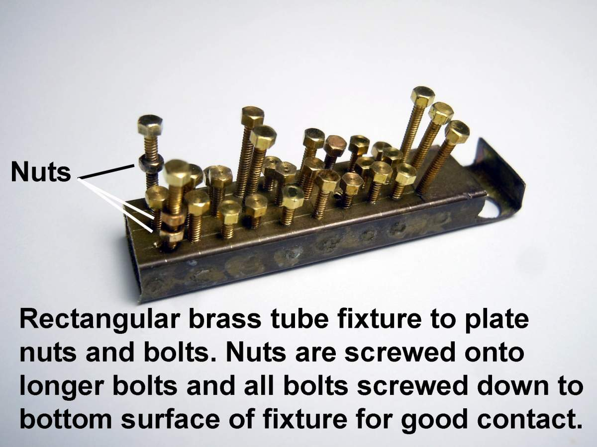 Tommy Ivo's Showboat 1/8 Scale-plated-bolts-01-jpg