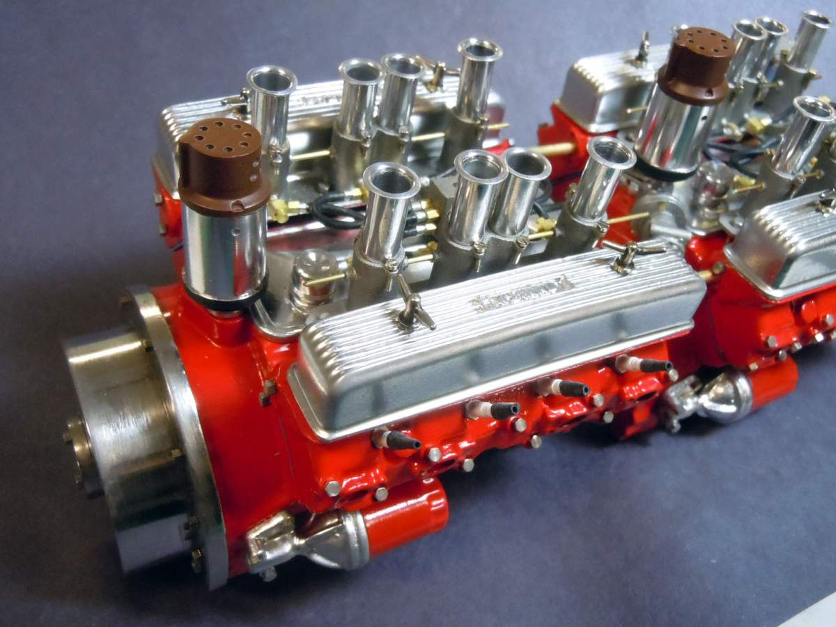 Tommy Ivo's Showboat 1/8 Scale-engine-assembly-02-jpg