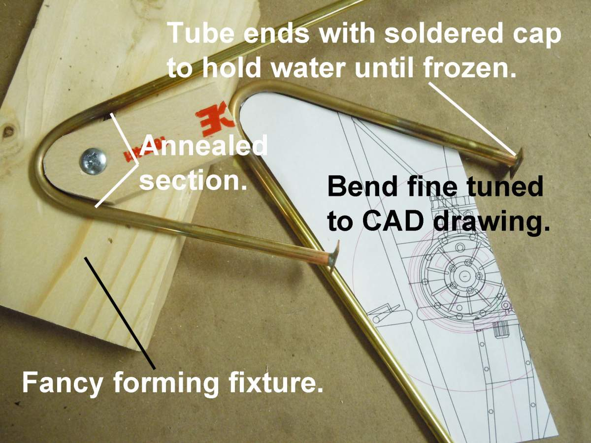 Tommy Ivo's Showboat 1/8 Scale-frozen-bend-01-jpg