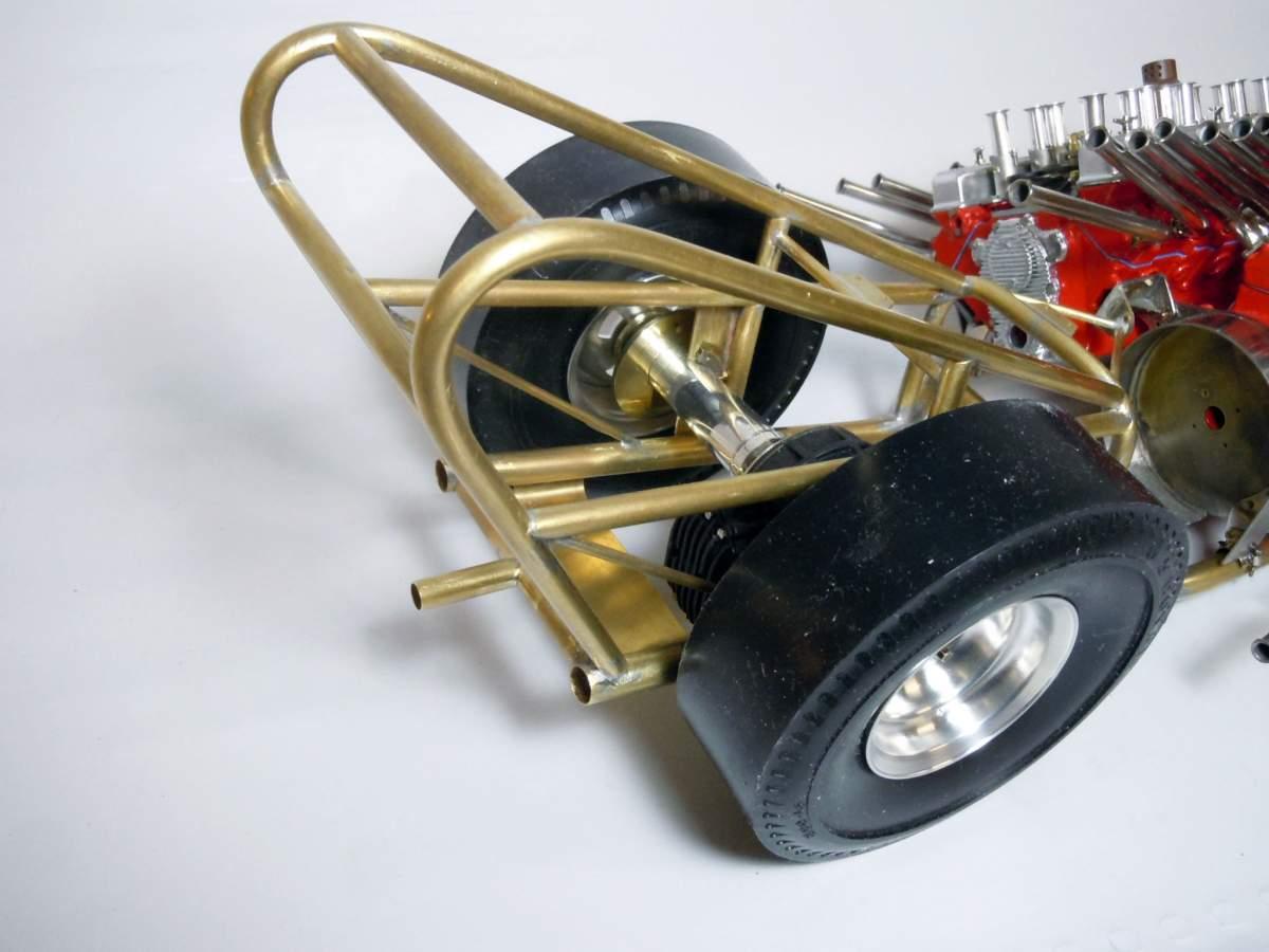Tommy Ivo's Showboat 1/8 Scale-rear-axle-09-jpg