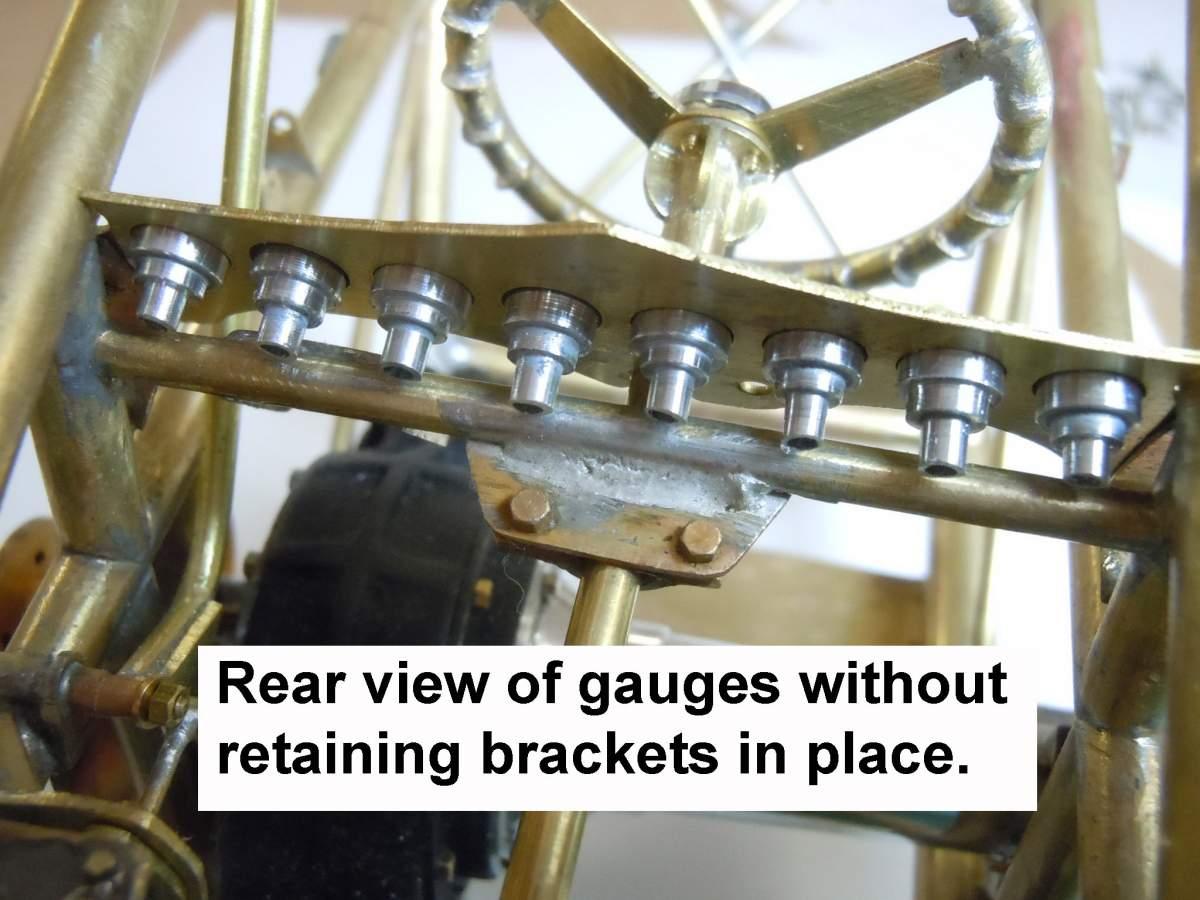 Tommy Ivo's Showboat 1/8 Scale-gauges-02-jpg