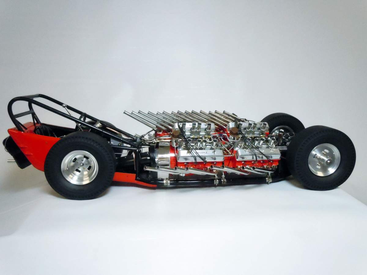 Tommy Ivo's Showboat 1/8 Scale-tires-05-jpg