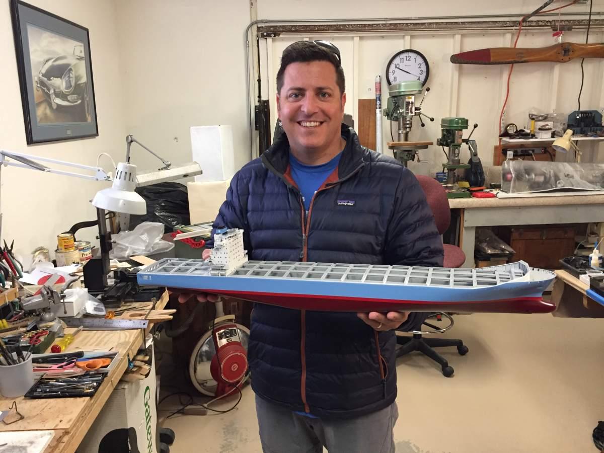 Tommy Ivo's Showboat 1/8 Scale-evan-detroit-01-jpg