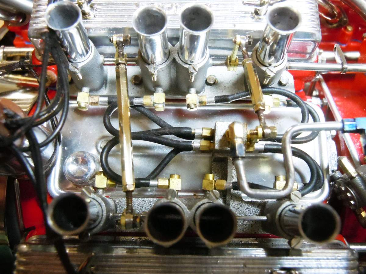 Tommy Ivo's Showboat 1/8 Scale-linkage-05-jpg