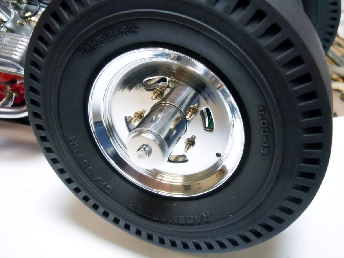 Tommy Ivo's Showboat 1/8 Scale-polished-wheels-02-jpg