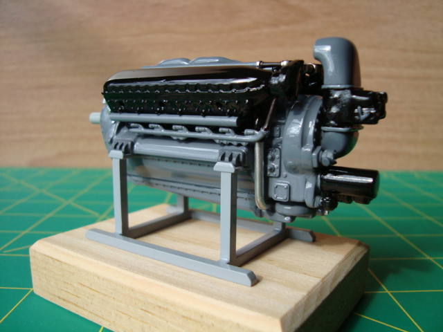 "1/25 scale Allison V-12 ""F"" type engine-left-rear-jpg"