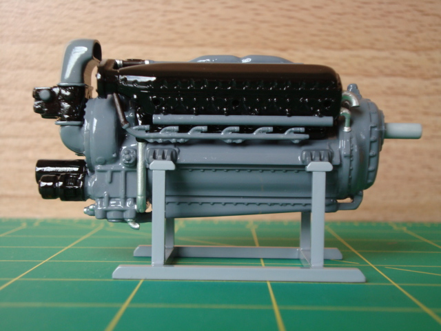 "1/25 scale Allison V-12 ""F"" type engine-2-jpg"