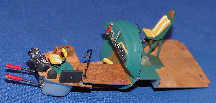 "HFC""S Visible B17G Flying Fortress-dsc00242-jpg"