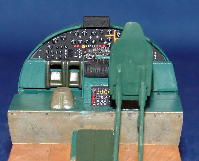"HFC""S Visible B17G Flying Fortress-dsc00255-jpg"
