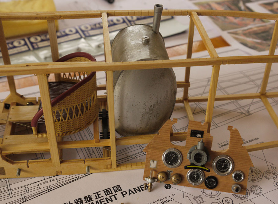 Hasegawa sopwith camel build.-tank-console-jpg