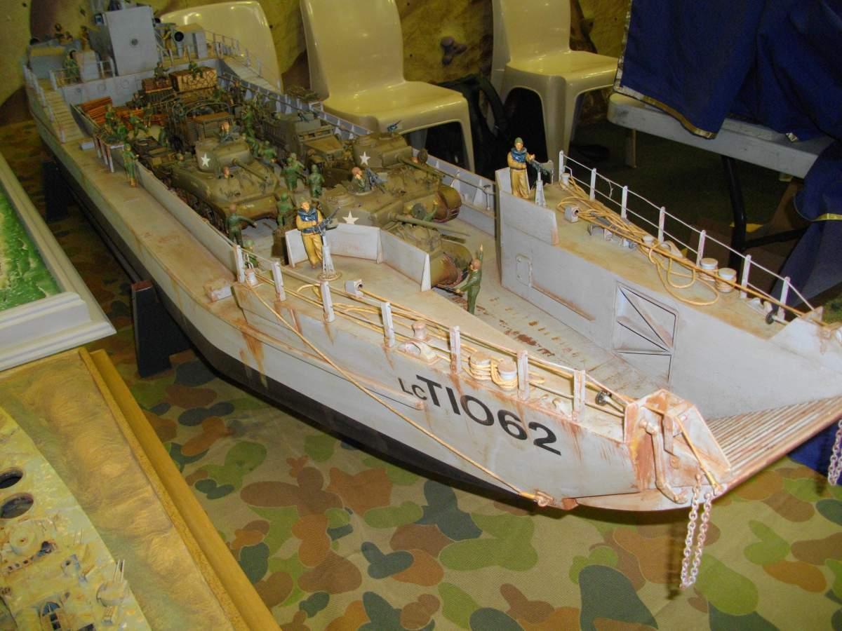 More shipwrecks.... by Barry.-barrys-loaded-landing-craft-1-35-scale-001-jpg