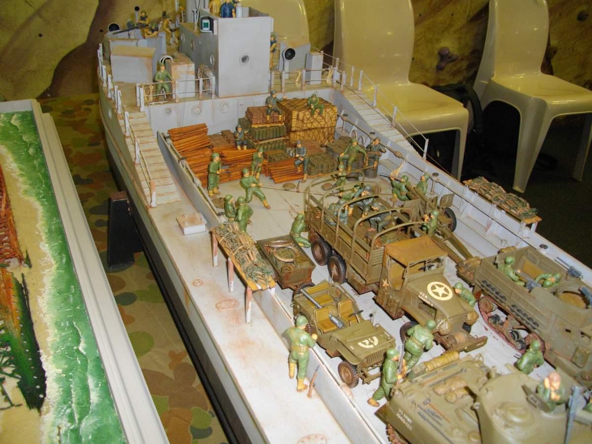 More shipwrecks.... by Barry.-barrys-loaded-landing-craft-1-35-scale-002-jpg