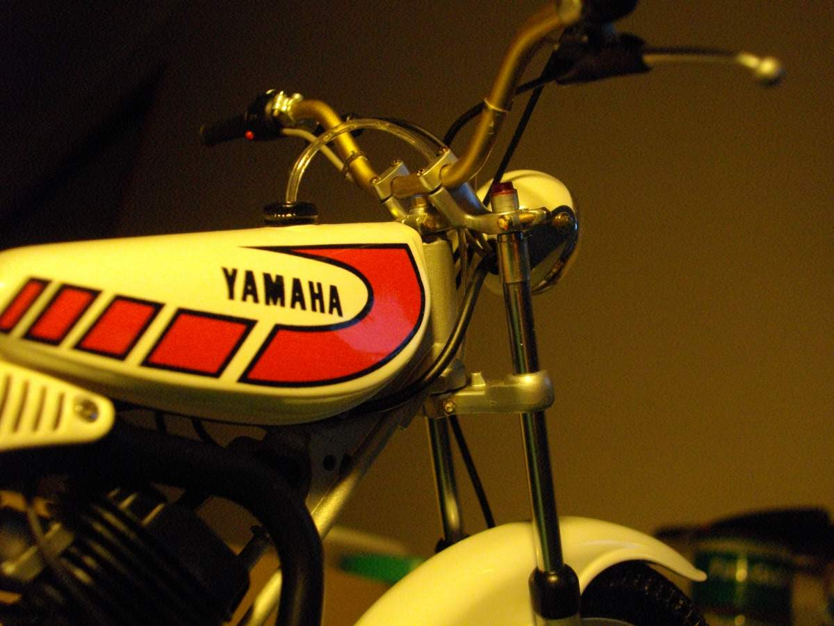 1/8 Yamaha Trials TY 125.-fuel-tank-012-jpg