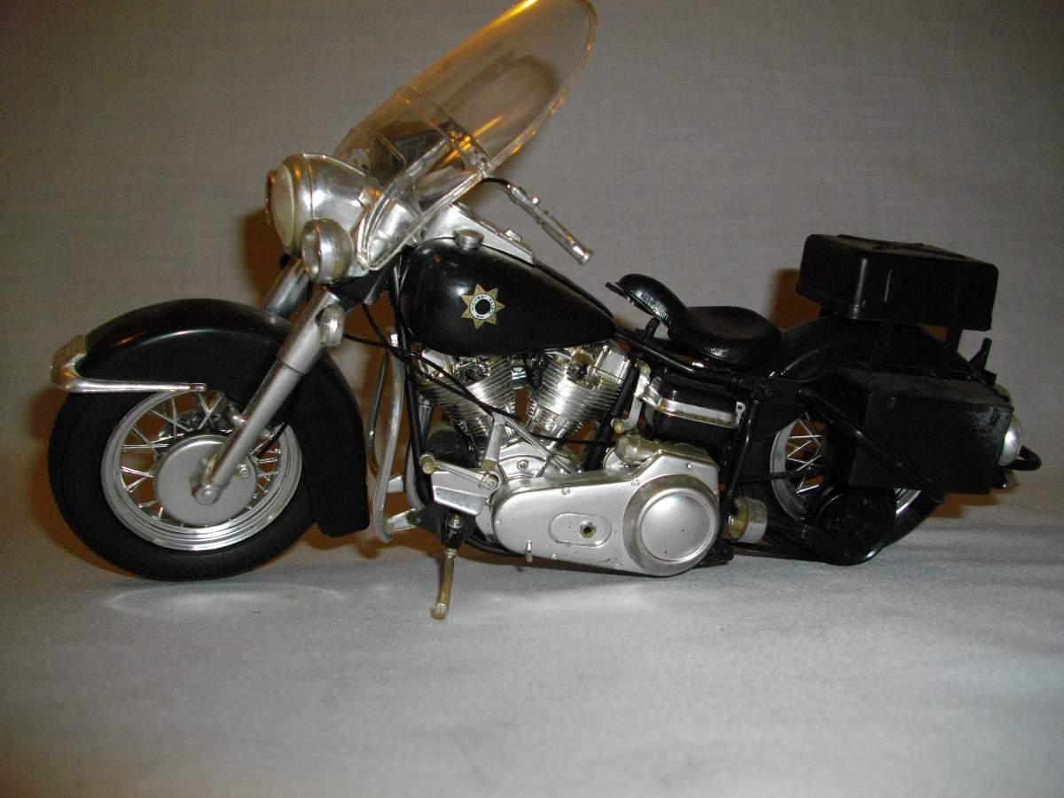 1 , 2 , 3 , models for me...-1-10-flh-1200-police-bike-001-jpg