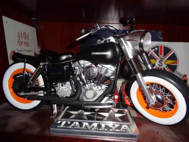 Tamiya 1/6 H-D Police Bike- Outlaws have more fun!-bikey-jpg
