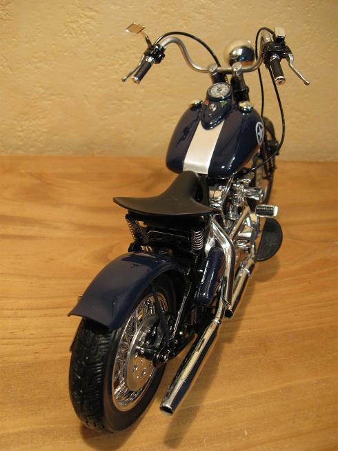 Harley bobber 1340   1/9-photos-bobber-corsair-013-jpg