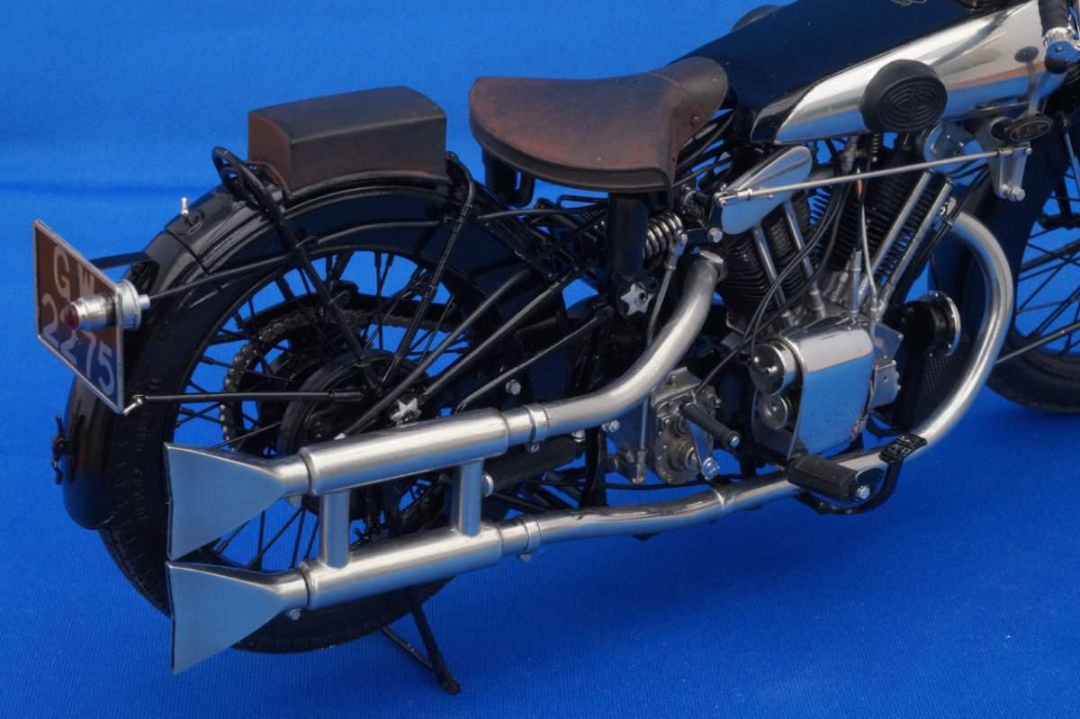 Brough Superior SS100 GW2275 - Model Factory Hiro - 1/9-a5806935-jpg