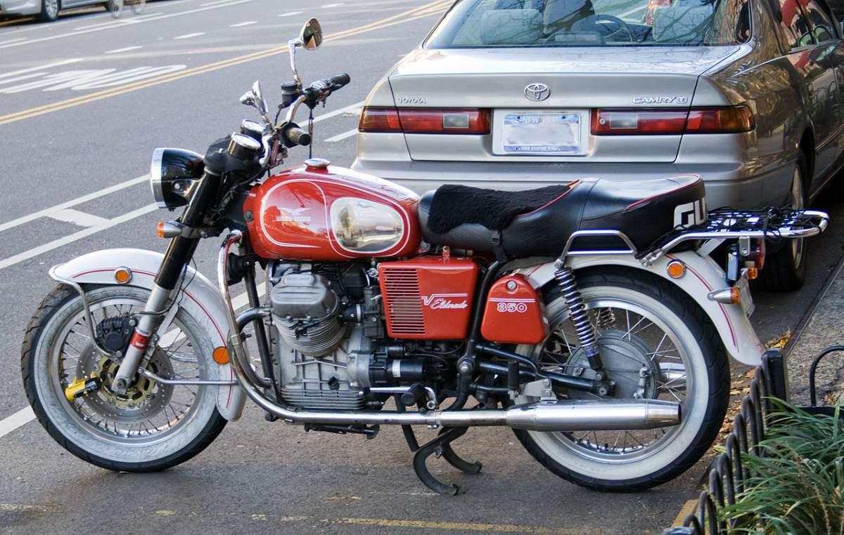 Protar Moto Guzzi V-850 California 1/6-de60d7f6-af30-4c58-ad23-3bae7e9c5c2b-jpg